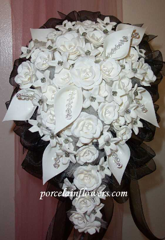 wedding bouquet 475 Porcelain Natural White